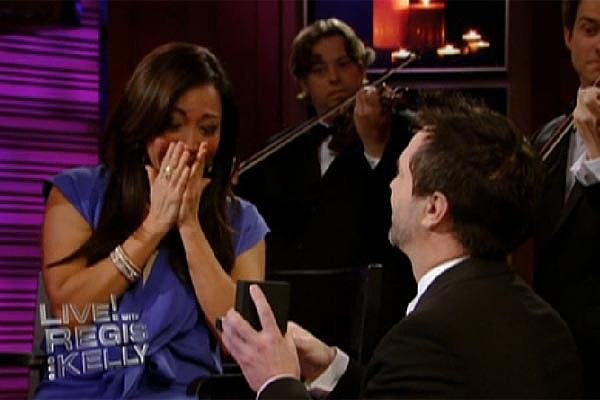 Carrie Ann Inaba Gets Engaged on 'Regis & Kelly' VIDEO