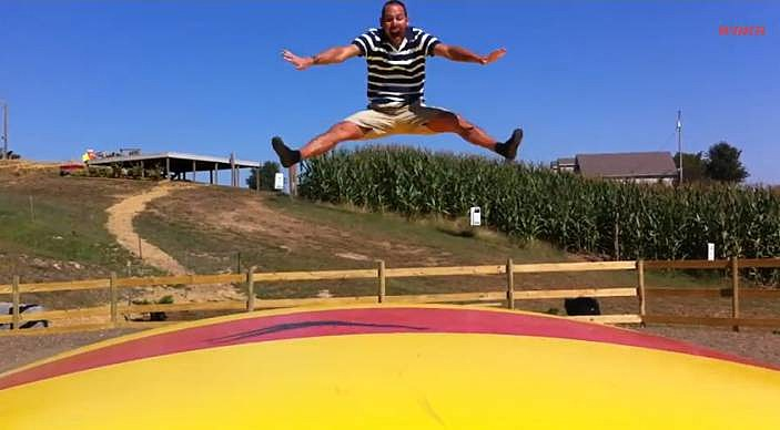 the jumbo jumper the jumping pillow at