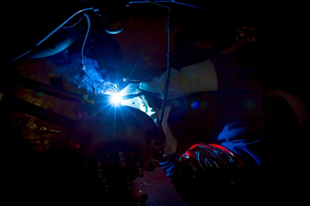 Welding Currie Enterprises suspension rear track bar bracket