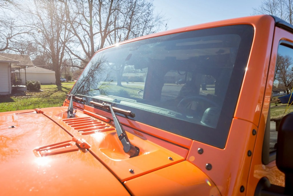 Jeep Replacement Windshield
