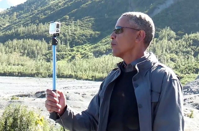 Fake leader Obama takes selfies while world falls apart