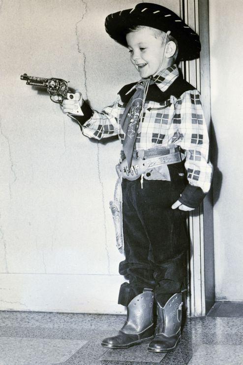 4 toy-gun-1535476815