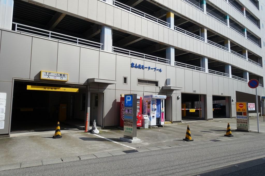 駐車場(富山北モータープール)