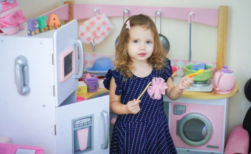 Best Wooden Play Kitchens for Kids who Love to Cook
