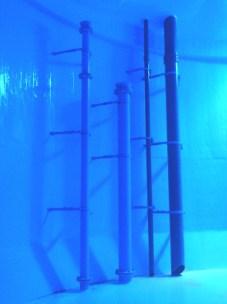 池内立上り管 PL振止金具
