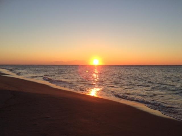 2016年、海からの日の出