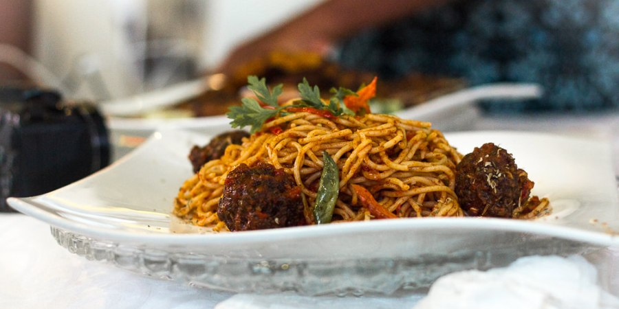 SPAGHETTI AND MEAT BALL DISH