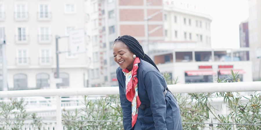 work style inspiration ,what to wear to work ,henri uduku ,styling shirt ,how to style navy with a pop of colour ,business casual ,made in nigeria,blogger , how to smile heartily