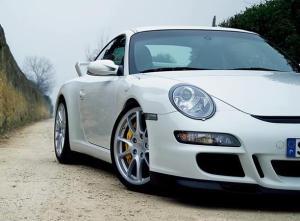 UK top luxury car exporter