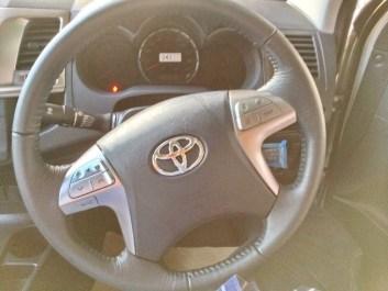 2014-Toyota-Hilux-Vigo-3000cc-Auto-4WD-steering