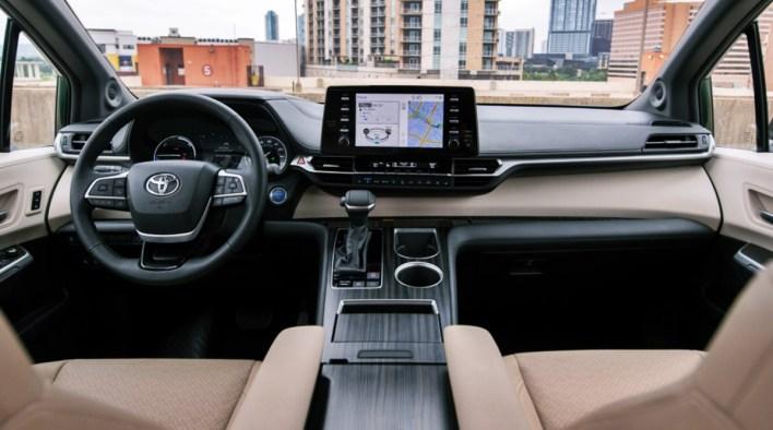 2022 Toyota Sienna Platinum Interior