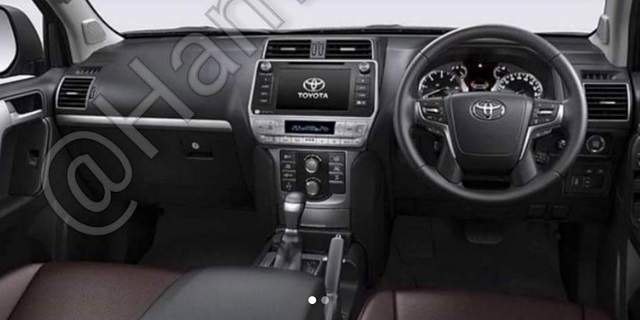 2018 Toyota Land Cruiser Prado spy photo dashboard