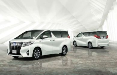 2018 Toyota Alphard front