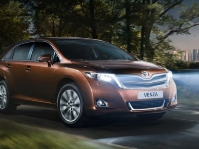 2018 toyota venza review