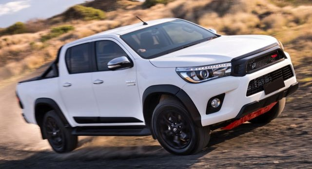2019 toyota hilux usa  review