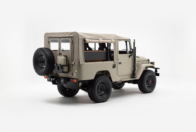Toyota Land Cruiser FJ40 Restored For SEMA rear view