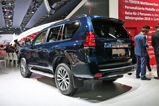 2019 Toyota Land Cruiser Prado rear view