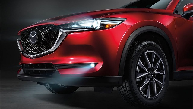 2019 Mazda CX-5 front view
