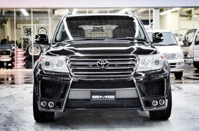 2019 Toyota Land Cruiser 200