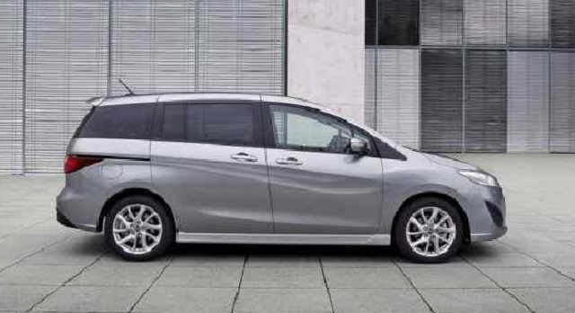 2019 Mazda 5 side view