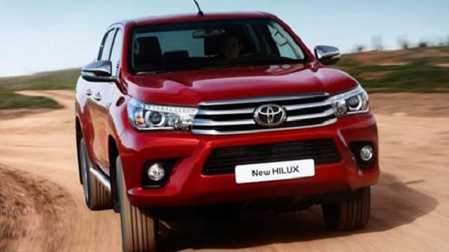 2020 Toyota Hilux front view