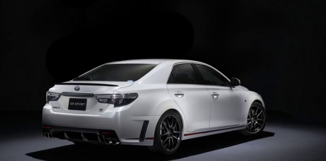 2019 Toyota Mark X rear view