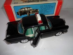 Bandai Mercedes Benz Taxi0006