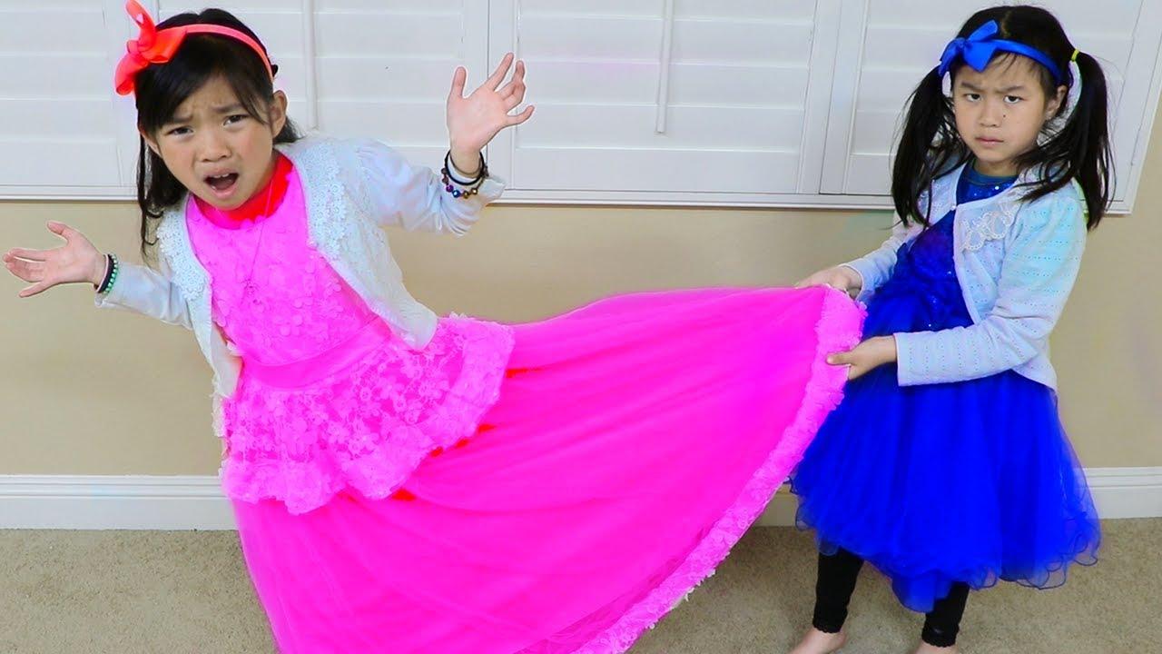 Emma Jannie Pretend Play Making Princess Dress w Sewing Machine Toy - Emma & Jannie Pretend Play Making Princess Dress w Sewing Machine Toy
