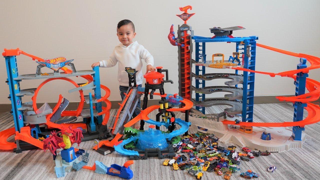 My Giant Hot Wheels City CKN Toys - My Giant Hot Wheels City CKN Toys