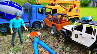 Police Cars Jeep Pretend Play with Bruder Toys Vehicles - Police Cars Jeep Pretend Play with Bruder Toys Vehicles