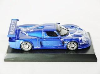 Kyosho 1-64 MASERATI Minicar Col - MC12 GT1 Race Car - Pattern Blue - Tray - 05