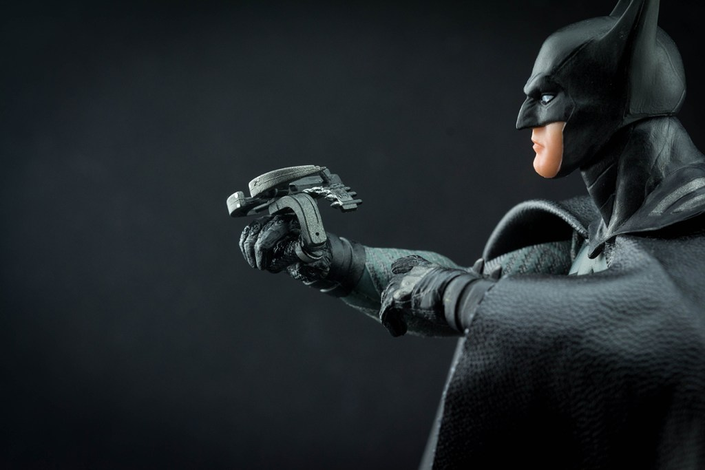 Mezco Batman Ascending Knight