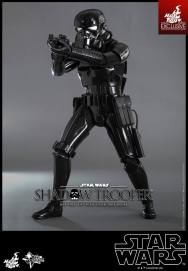 hot-toys-star-wars-shadow-trooper-1