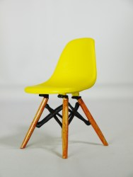 1-12-reina-design-interior-collection-designers-chairs-vol-3-no-4-eames-style-dsw-dining-chair-ylw-03
