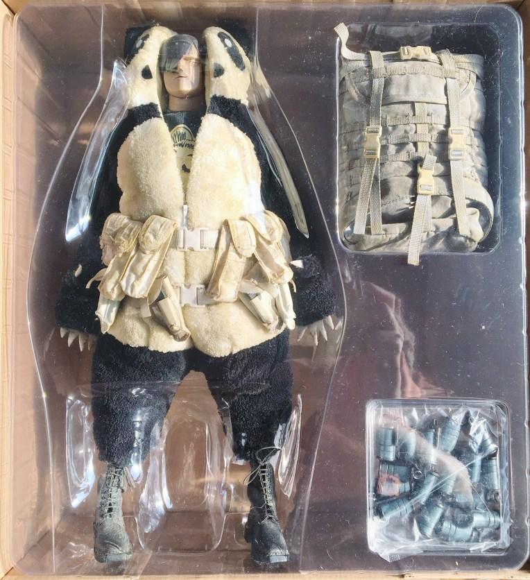 adventurekartel-handsome-wu-panda-merc-f-legion-6023-2p-04