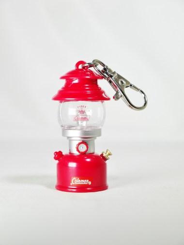 tt-coleman-lantern-museum-4-model-200a-1962-red-01