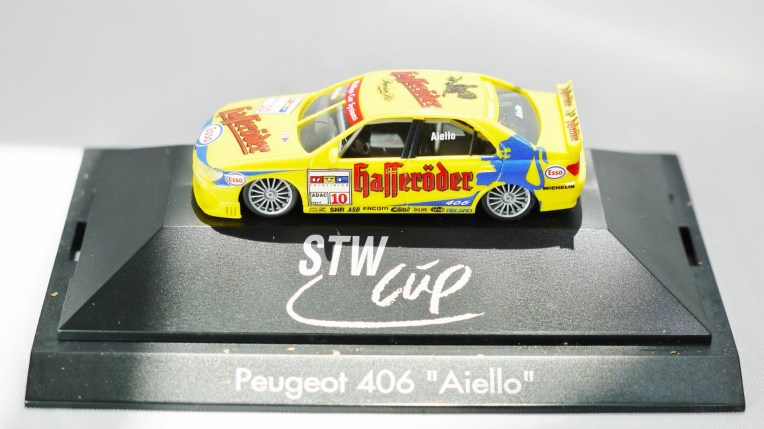 Herpa GmbH - 1-87 Motorsport Collection STW CUP - Peugeot 406 Aiello - No. 10 - 02