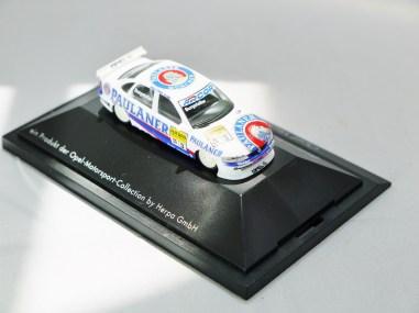 Herpa GmbH - 1-87 Motorsport Collection STW Deutsche Supertourenwagon-Meisterschaft 1998 - Opel Vectra Burgstaller - No. 3 - 06