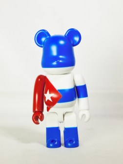 Medicom Toy Bearbrick S26 - Flag - Cuba - 01