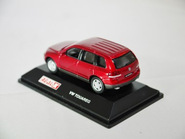 REAL-X COL 1-72 127 VOLKSWAGEN TOUAREG Drk Red 07