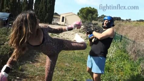 Alicia vs Mark – Fight 1