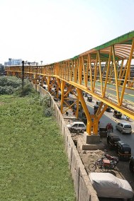 Skywalk at Bandra (E)
