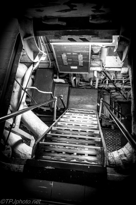 Ship Tight Quarters - Click To Enlarge
