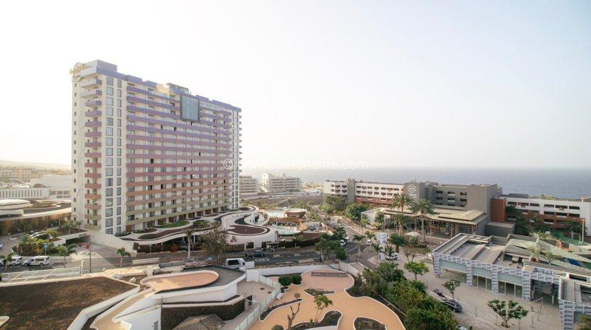 Ref. 482E Apartment in Playa Paraiso