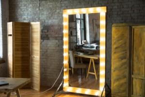 ホームジムに必要なもの、全身が写る鏡