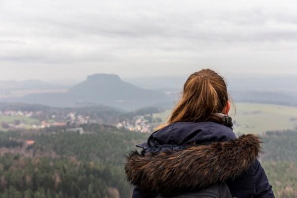 sächsische schweiz herbst frau idatschka.de tafelberg ausblick aussicht