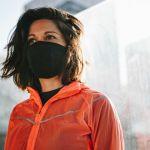 Le masque sportif de Decathlon sera disponible fin mai