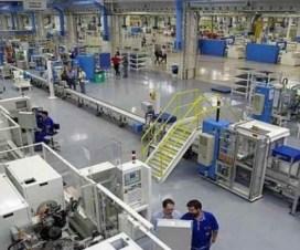 operarios planta industrial trabajo tucuman