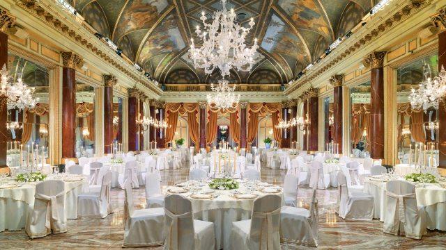 O Hotel St Regis Roma, que faz parte do grupo Starwood, está procurando profissionais