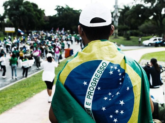 -Semana-da-Pátria-ética-e-participação-da-sociedade-brasileira